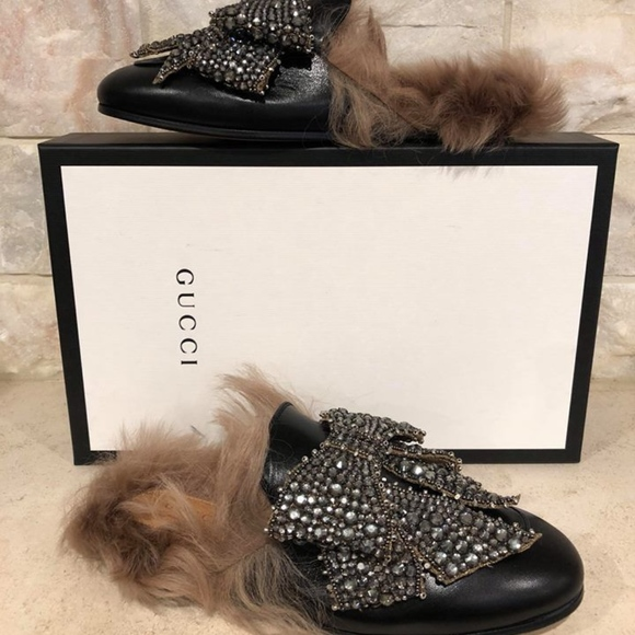 2128a70f226 Gucci Princetown Black Leather Fur Bow Slide